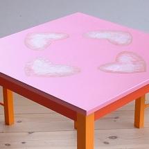 tafel stoelen roserood